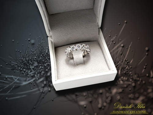 -Eternity ring-
